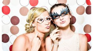 photo-booth-1608658_640-640x350
